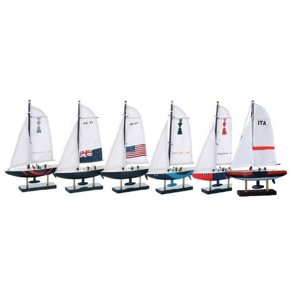 """Holz-Segelboote """"America's Cup"""" 16 x 22 x 3.3 cm"""